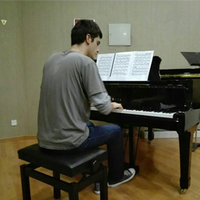 Piano and music teacher in Stavanger (English-Spanish). Harmony, analysis. For all ages!